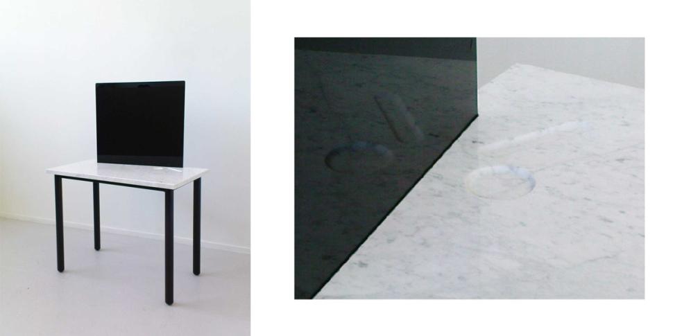 Coiffeuse, marbre, miroir noir, acier. 2008. collaboration avec Erwan Mével.